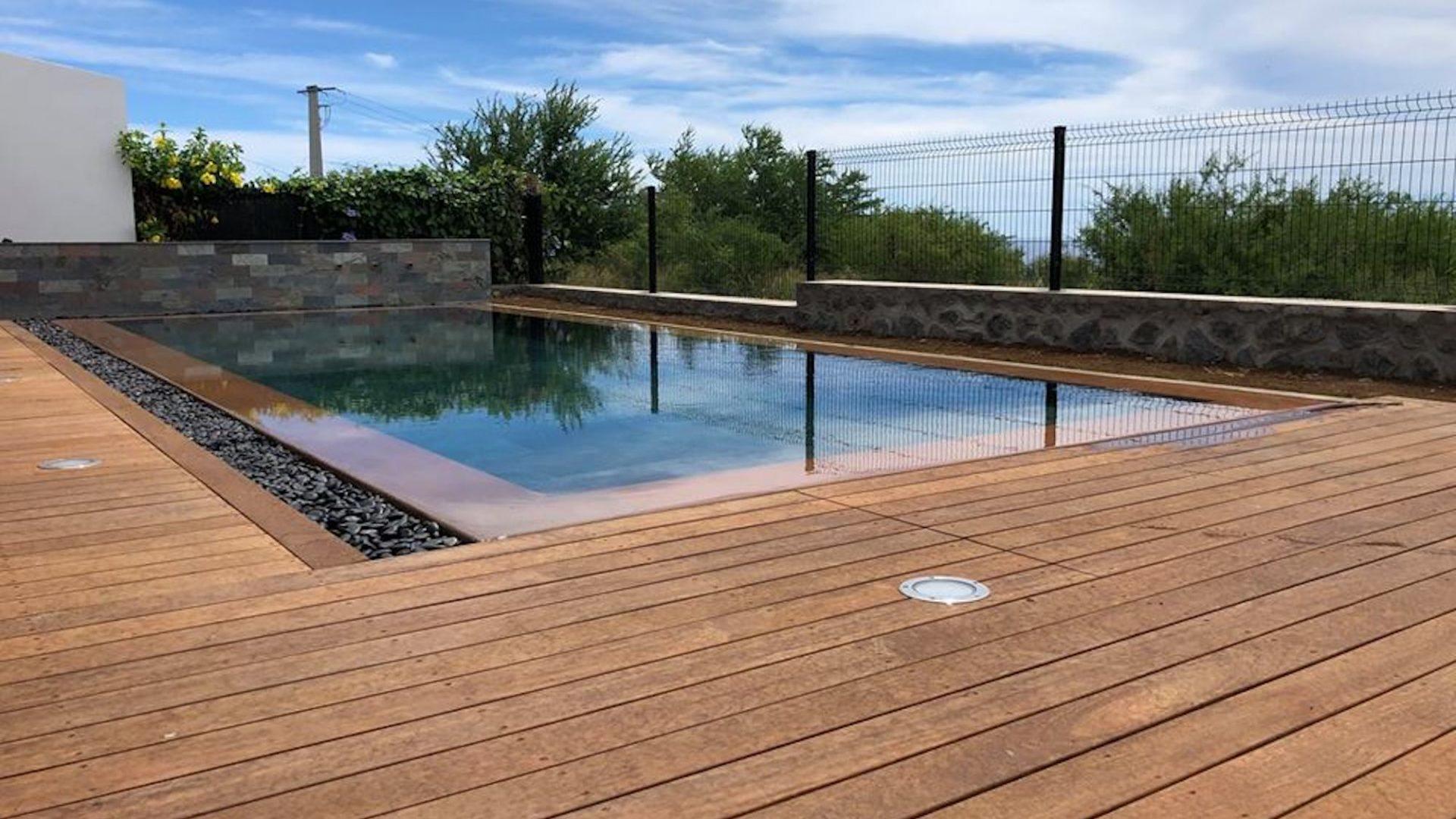 Amenagement exterieur piscine